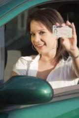 Кому из водителей нужно срочно получить права нового образца