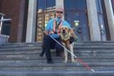 Водители угрожать смерть уже пришел с собакой в автобус не умеет русский