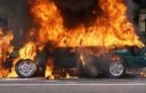 В Киеве вандалы поджигают авто: как защитить себя