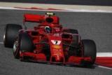 Райкконен показал лучшее время в третьей практике в Бахрейне